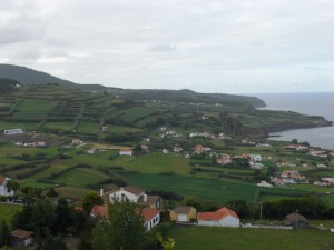 Coming from Horta, driving into the valley of Almoxarife
