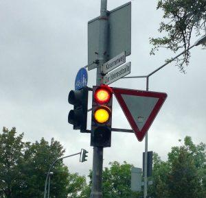 Zur Heeresstrasse:Kasernenweg